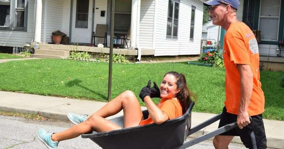 wheel barrow, bike adventure, Indianapolis, build day